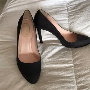 Sjp dyed black material heels size 40